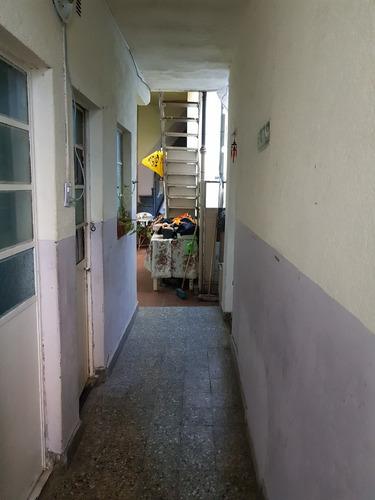 excelente ph de 12 habitaciones y 4 baã¿os, uso vivienda para