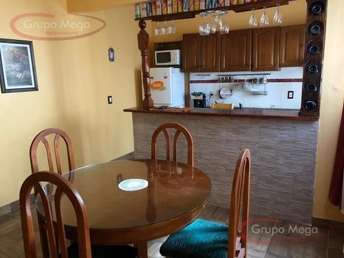 excelente piso unico de 3 ambientes en ph al frente,  entrada independiente,