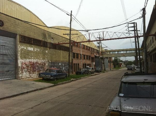 excelente planta industrial de 11.680m2