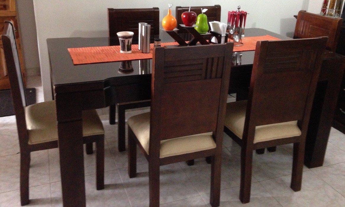 Excelente precio se vende juego de comedor madera de for Se vende muebles usados