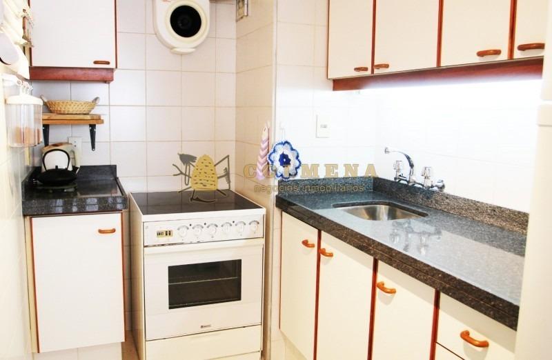 excelente propiedad con todos los servicios a metro del mar- ref: 2245