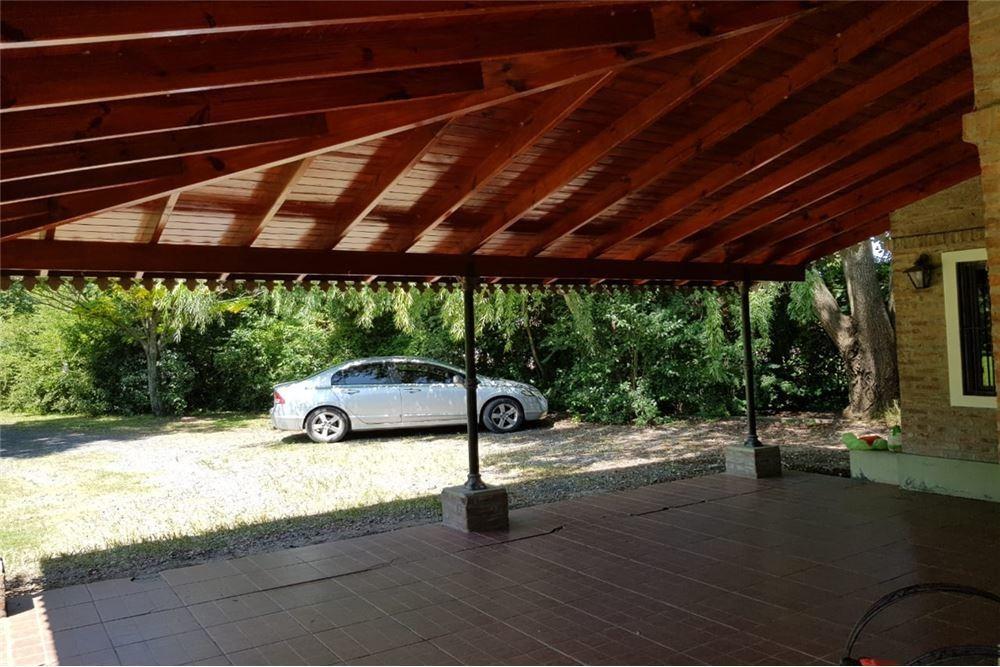 excelente residencia 5 amb s/lote 3094m2 c/piscina