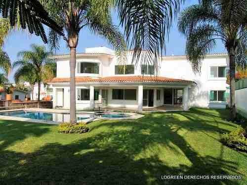 excelente residencia con bello diseño y buena ubicacion