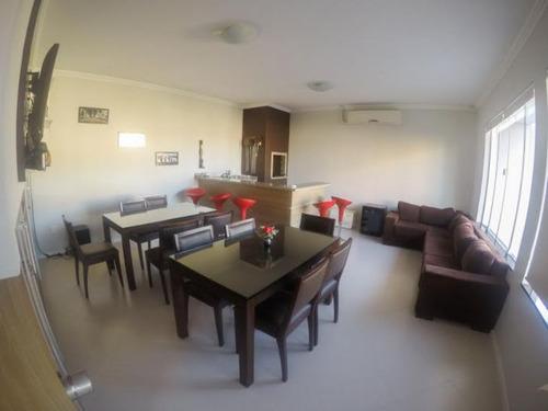 excelente residência no bairro vila nova, com 03 suítes, 03 vagas e demais dependências. - 3573974