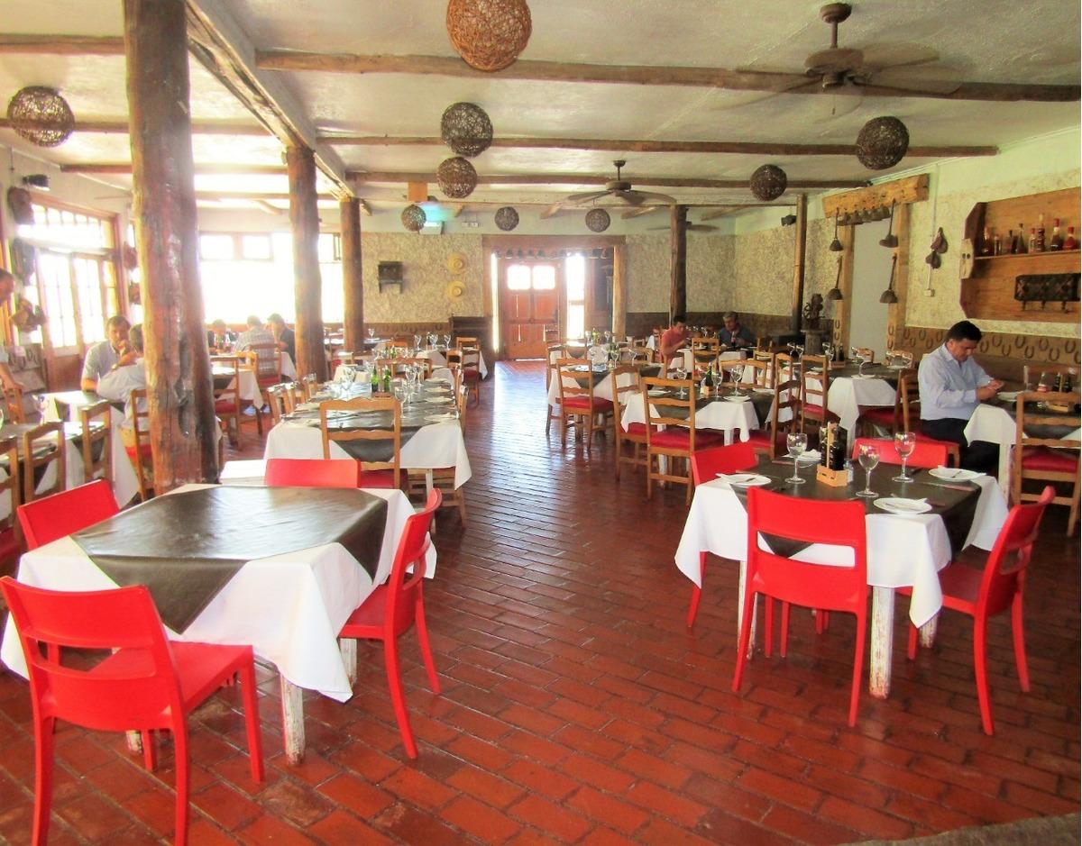 excelente restaurant comercial orillas de autopista libertadores