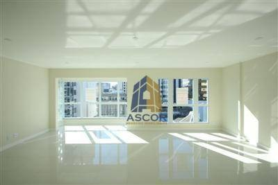 excelente sala comercial em empreendimento de alto padrão no centro de florianópolis! - sa0042