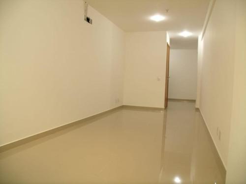 excelente sala comercial no the point office, no coração do centro da cidade, de frente, com 30m², - lo0013