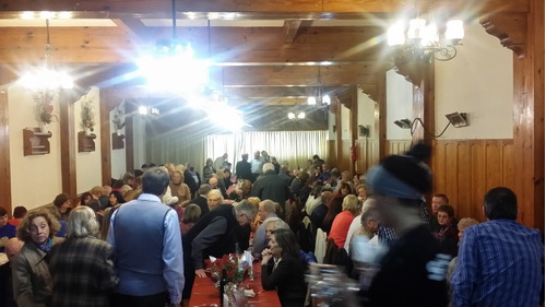 excelente salon de fiesta en zona devoto para 100 personas