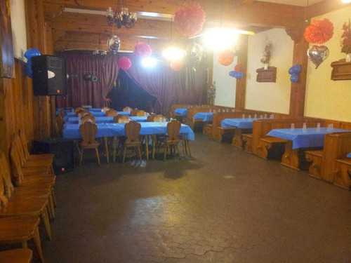 excelente salón de fiestas para 100 personas