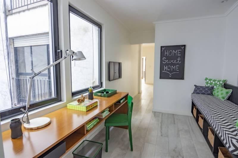 excelente semipiso 3 dormitorios a nuevo con cochera en ayacucho y quintana!