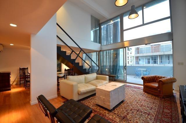 excelente semipiso - duplex - 4 ambientes - 2 cocheras fijas - terraza - la imprenta.