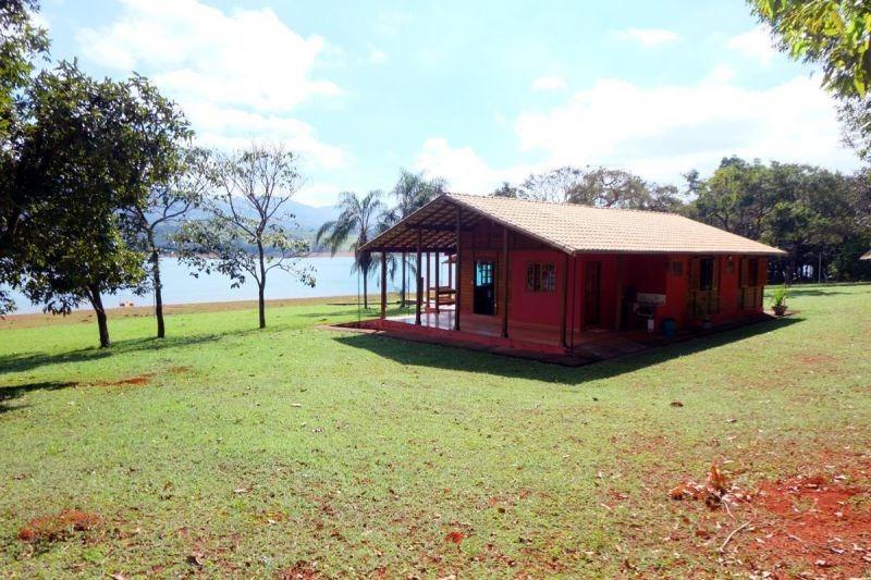 excelente sítio em pimenta as margens do lago de furnas, próximo a escarpas do lagos. - 1079