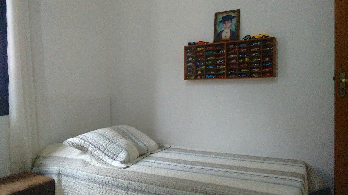 excelente sobrado com 03 dormitórios (01 suíte) e 02 vagas