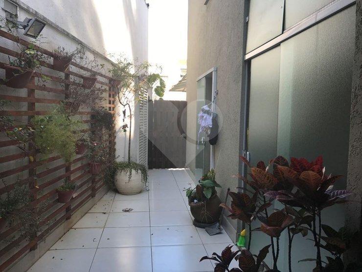 excelente sobrado em condomínio fechado com 4 dormitórios, 3 vagas de garagem, fino acabamento! - 170-im245339