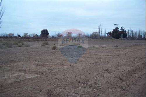 excelente terreno de 2000 m2 en loteo cerrado