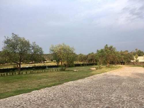 excelente terreno en residencial los cues en querã©taro