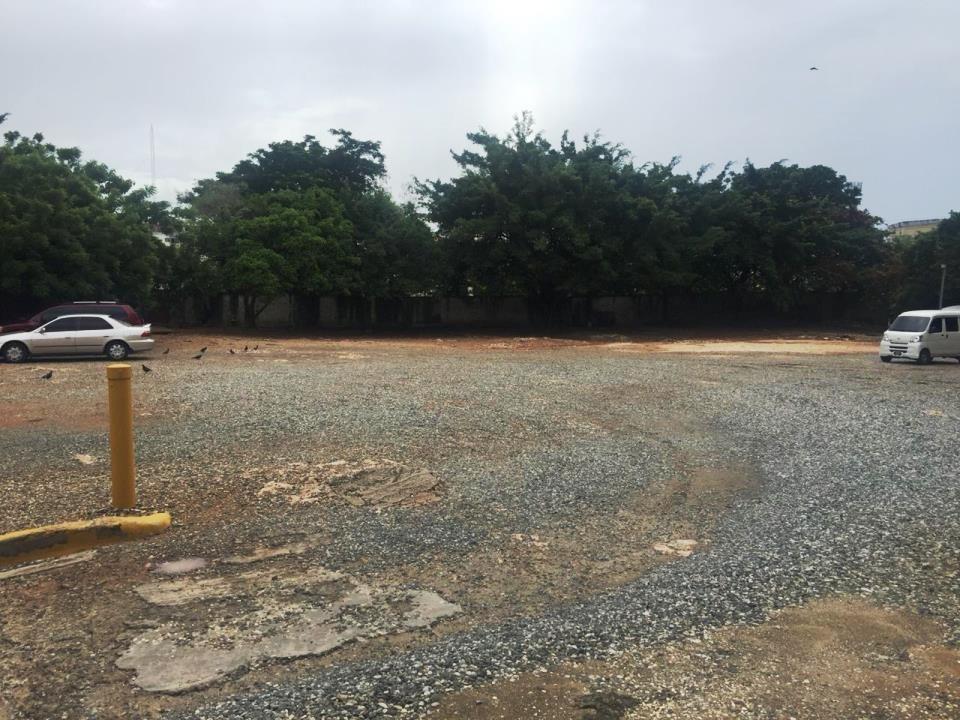 excelente terreno en venta en la avenida bolívar.