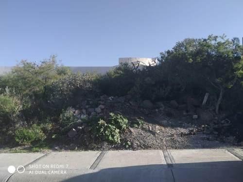 excelente terreno en venta en zibata pitahaya  156.26 m2