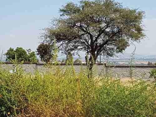 excelente terreno en venta uso de suelo comercial cd maderas qro.mex.