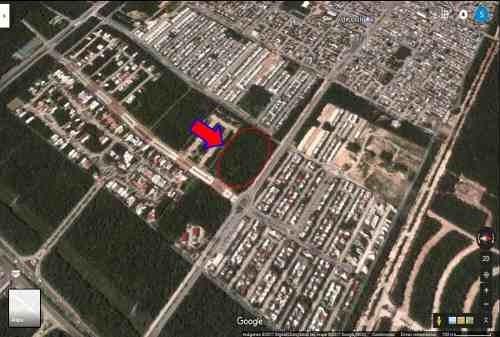 excelente terreno plano con uso de suelo comercial 3,453 m²