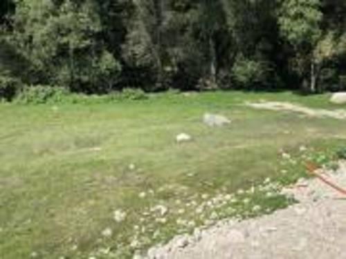 excelente terreno plano en condado de sayavedra