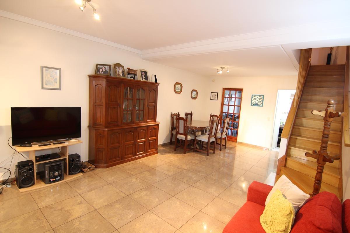 excelente triplex 3 dormitorios en lindisima zona de olivos