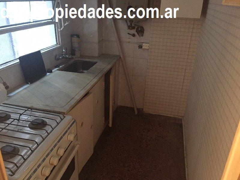 excelente ubicacion!!! 2 ambientes cocina separada