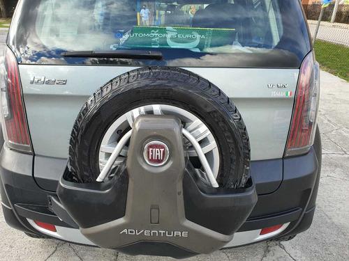 excelente vehículo.  fiat idea adventure