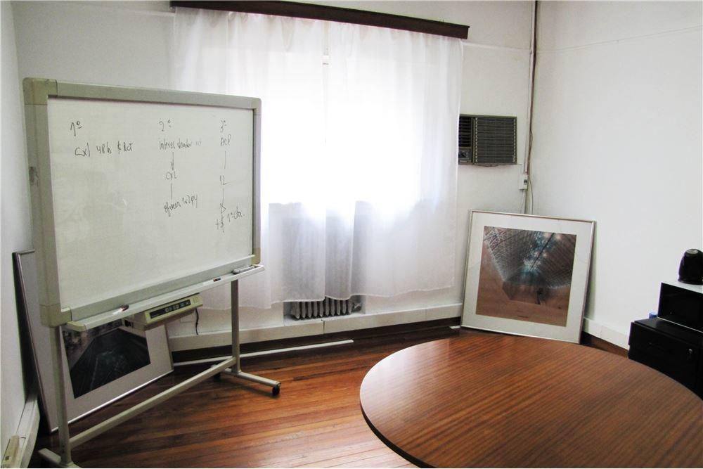 excelente y lujosa oficina con 4 cocheras