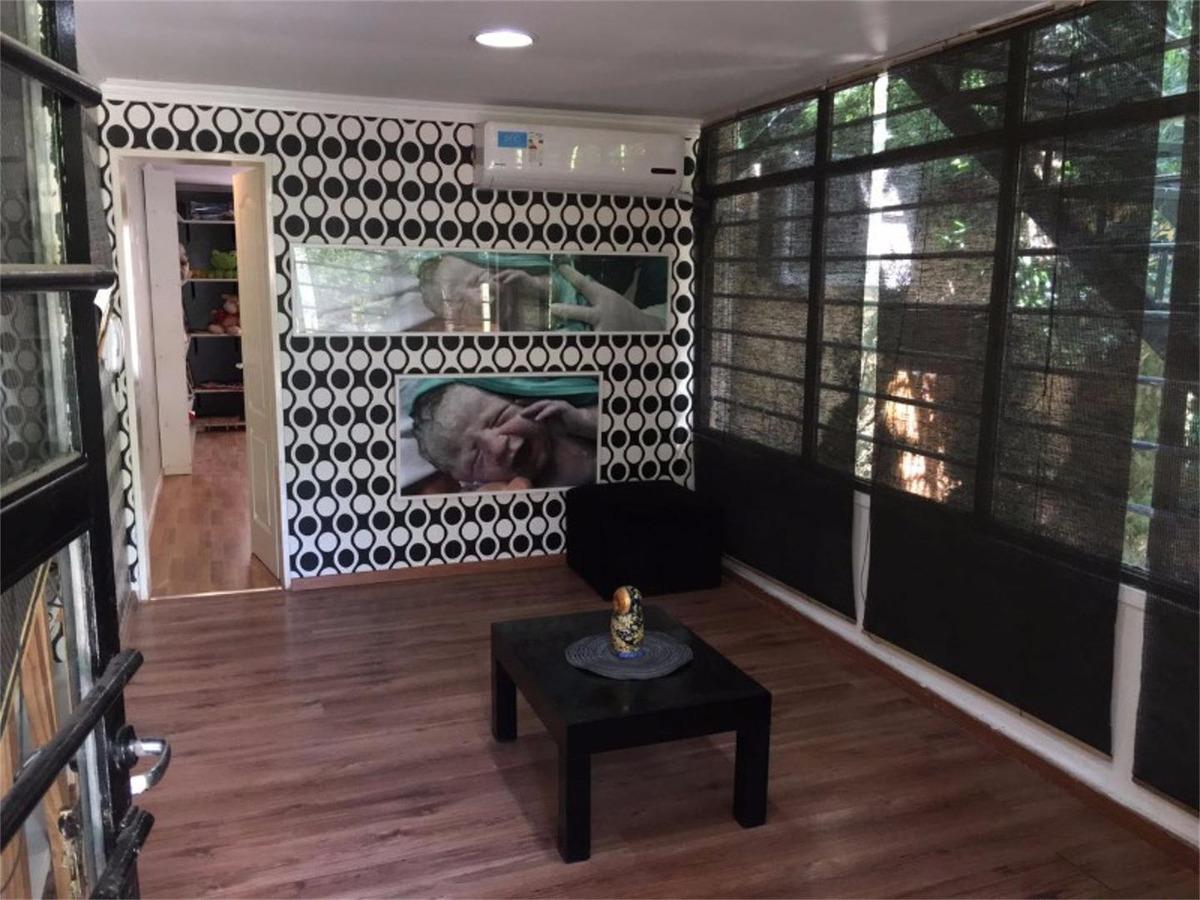 excelente y moderna casa en el jaguel - unica por su diseño