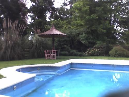 excelentes dos casas de campo 3 has parque piscina quincho