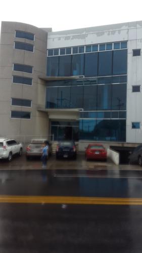 excelentes ofnas 114 m2  edificio todos los servicios...