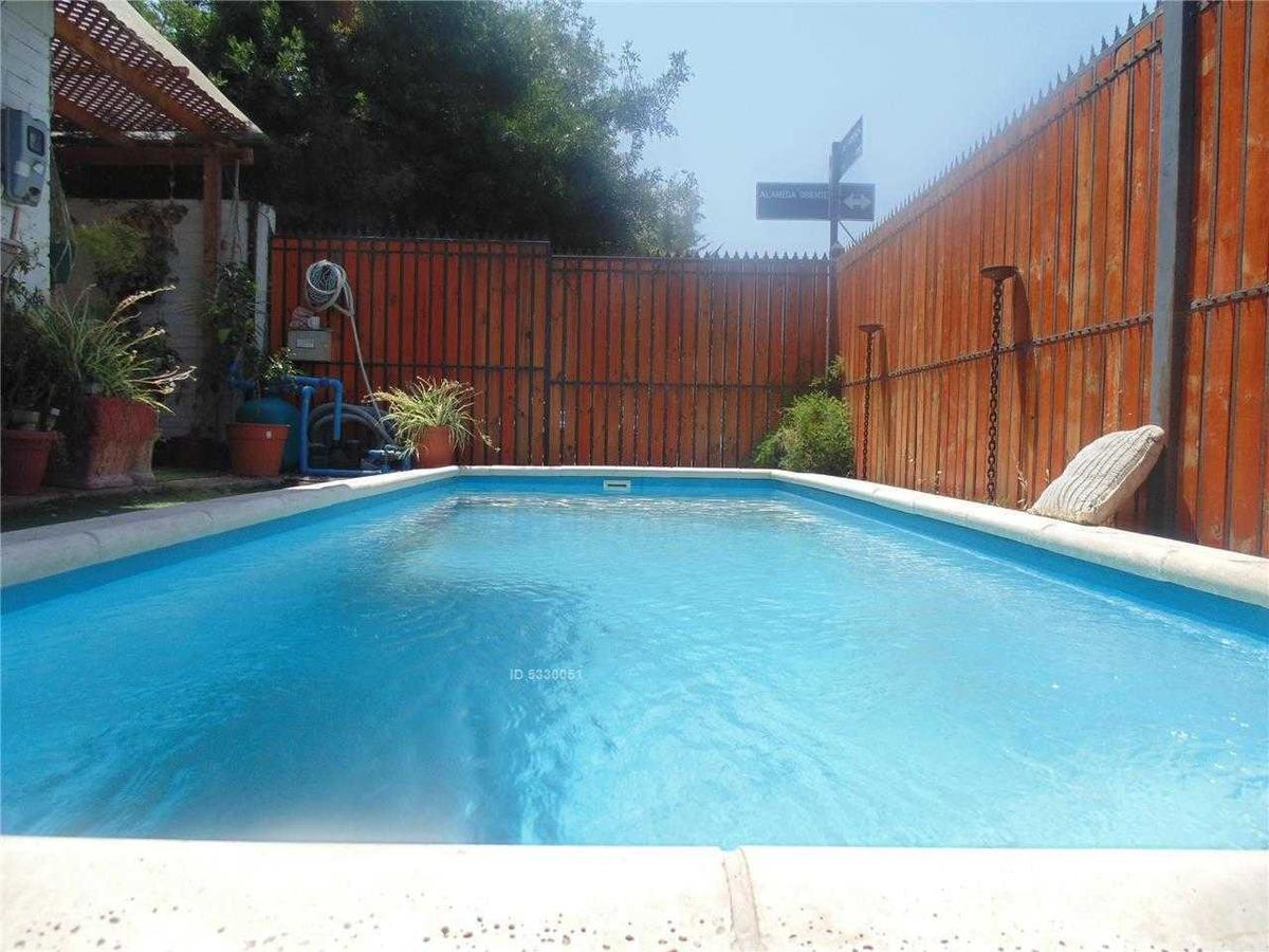 exceltnte propiedad, cercana a rojas magallanes, piscina