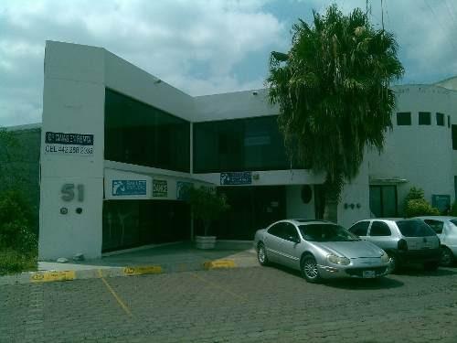 excente edificio comercial en venta en el pueblito qro. mrx.