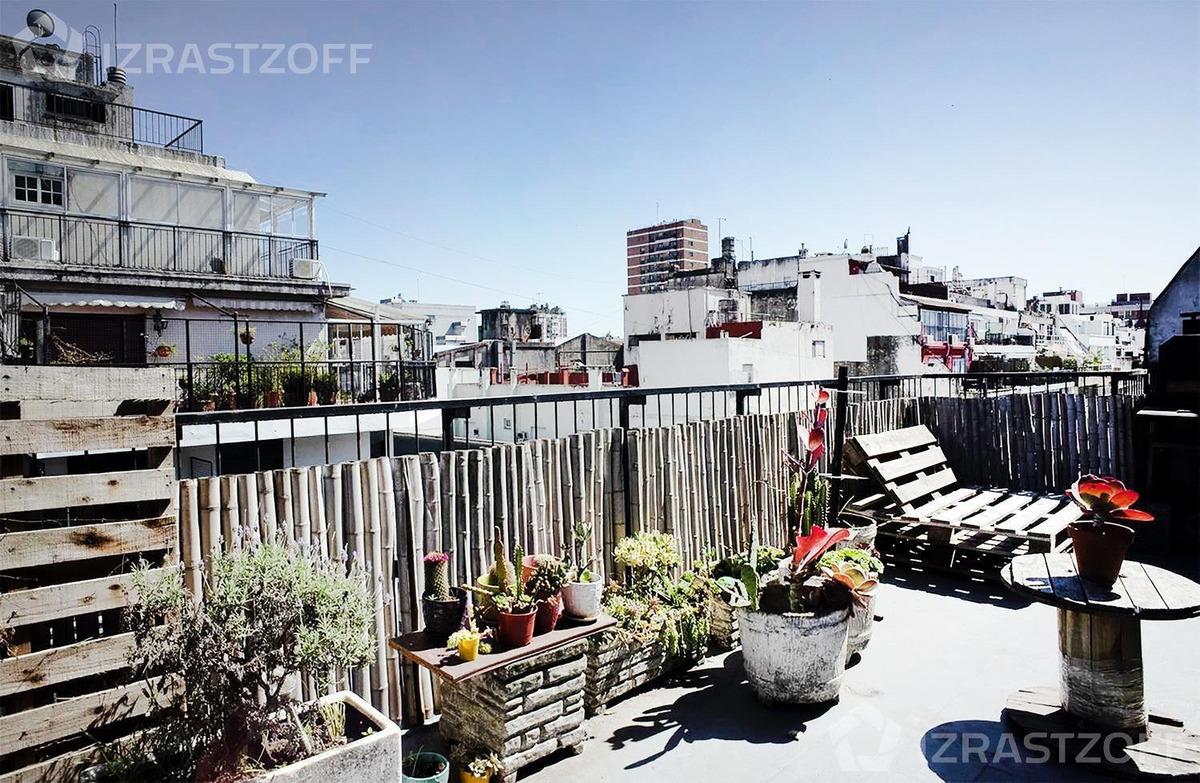 excepcional balcón terraza de 22 m2.