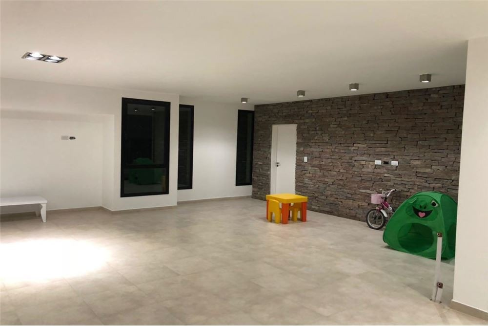 excepcional casa 4 amb c/pileta. financ!