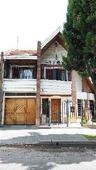 excepcional casa 6 ambientes  escalada este (lote 9x24,5)