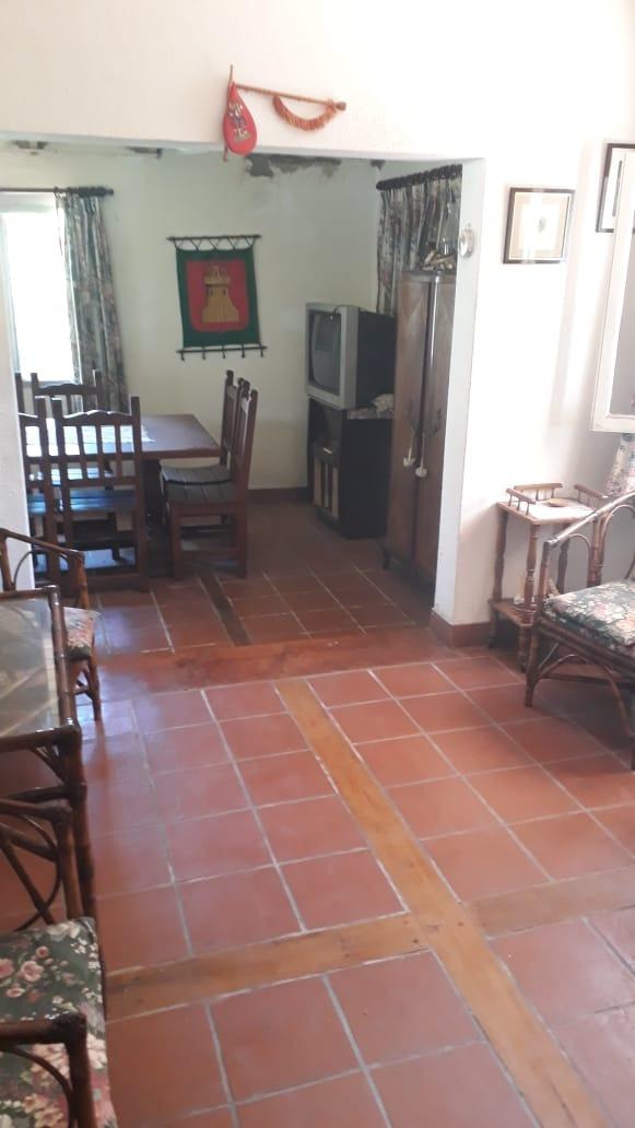 excepcional casa quinta sobre lote 3400 mts2