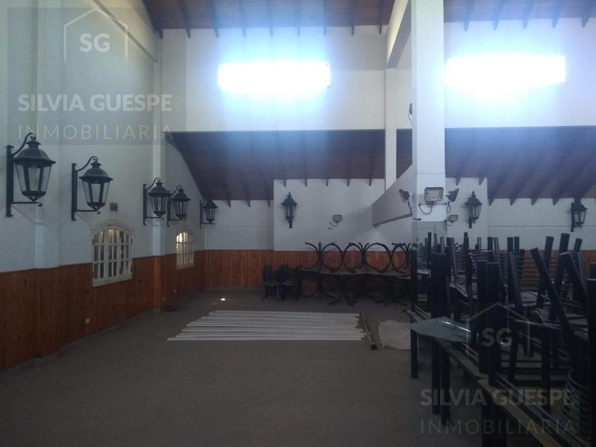 excepcional galería y salon de eventos en 9 de abril