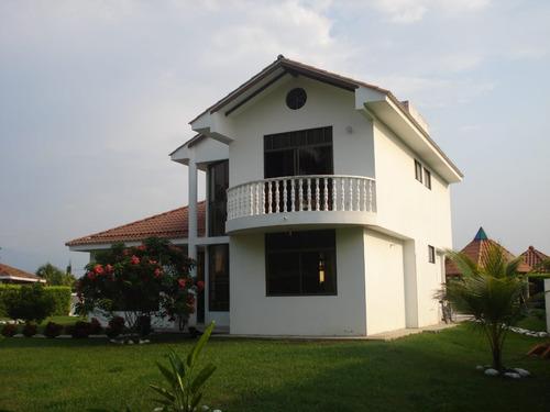 exclusiva casa en anapoima cundinamarca