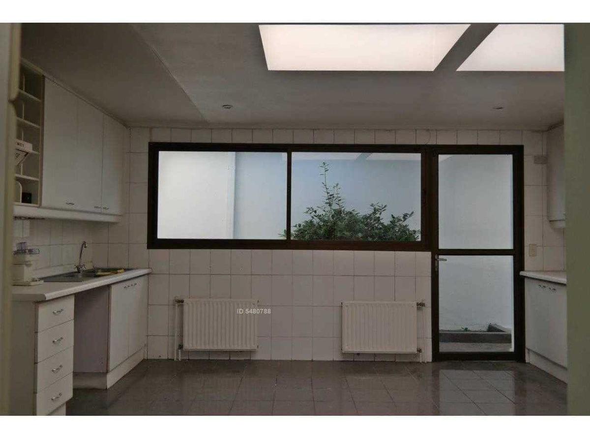 exclusiva casa en condominio - los dominicos / oportunidad