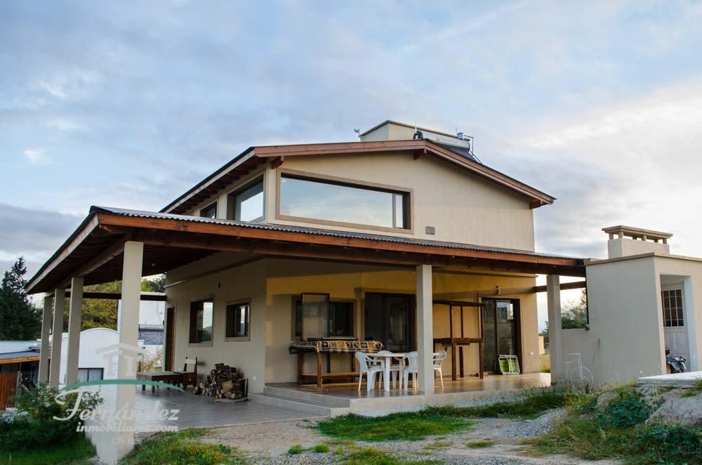 """exclusiva casa en venta- urbanización """"la soleada"""" los reartes"""