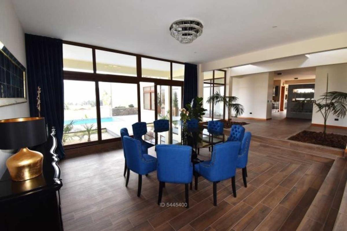 exclusiva casa moderna en altovalsol