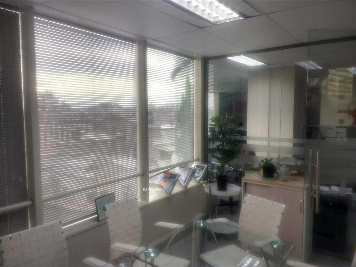 exclusiva oficina 80m2   metro santa lucia / san antonio