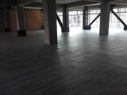 exclusiva oficina en renta de 231 m2 en letrán valle. mc