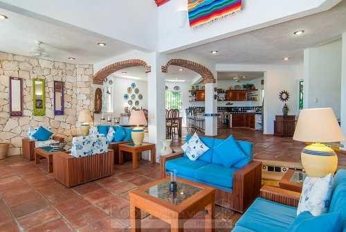 exclusiva villa tipo hacienda en akumal sur