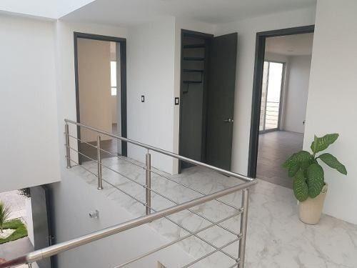 exclusivas casas en venta cerca de la uvm $4, 650,000