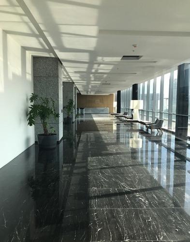 exclusivas oficinas en renta de 616 m2 en lomas de santa fé.