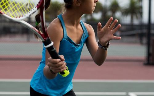 exclusivo analizador de swing para entrenar tenis zepp