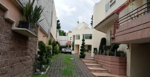 exclusivo condominio de 6 casas